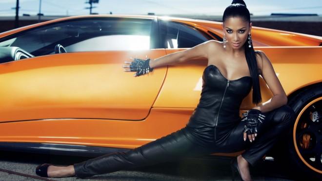 Nicole-Scherzinger-car